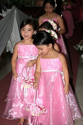 Flower girls lining up