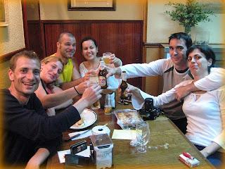 Celebración en el Manín, foto by Nell http://nellescalada.blogspot.com/