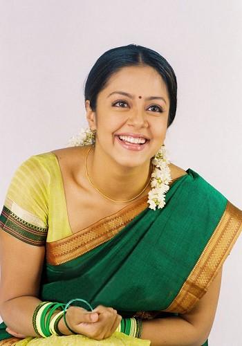 Actress Photo Biography: Actress Jyothika Photos