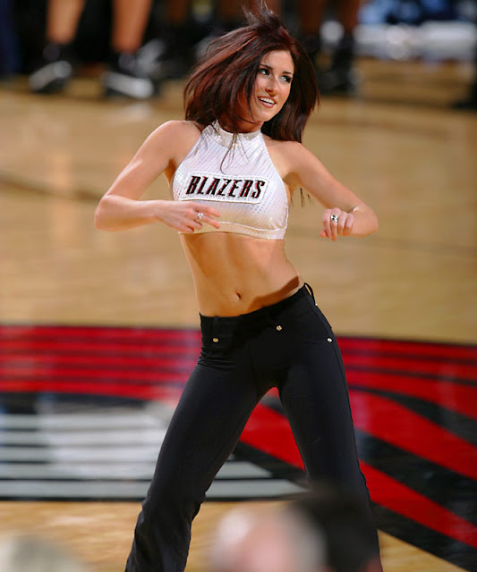 Portland Trail Blazers Team Roster: NFL And College Cheerleaders Photos: Portland Trail