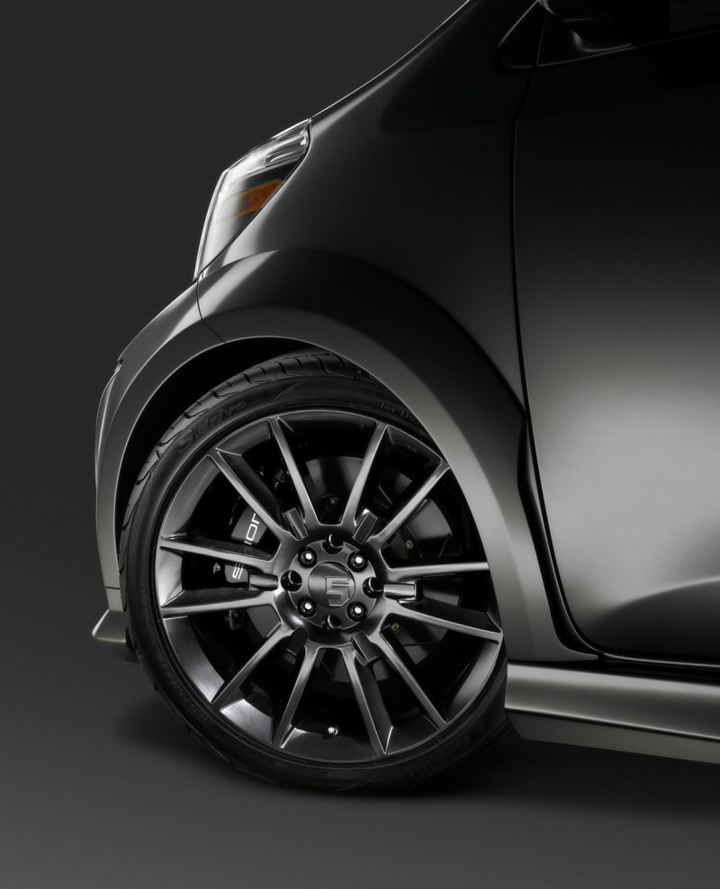 Sports Cars: 2011 Five Axis Scion IQ Show Car Specification