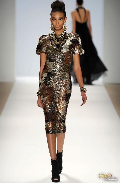 8f3cd2d463086 Fashion designer Naeem Khan dresses Tirat Bataiwhat Sahar out ...