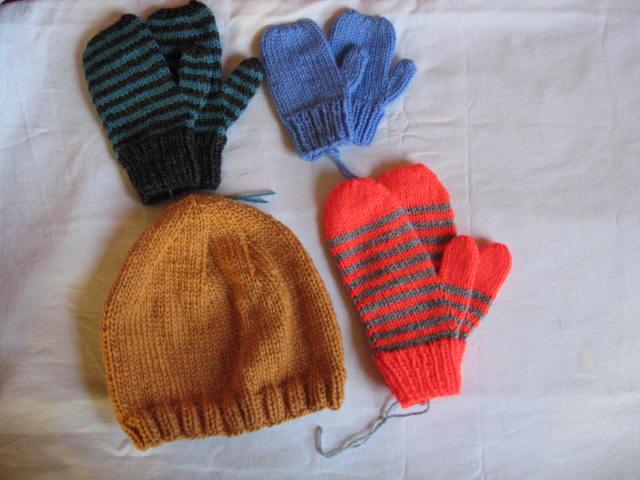 tricoter moufles 8 ans