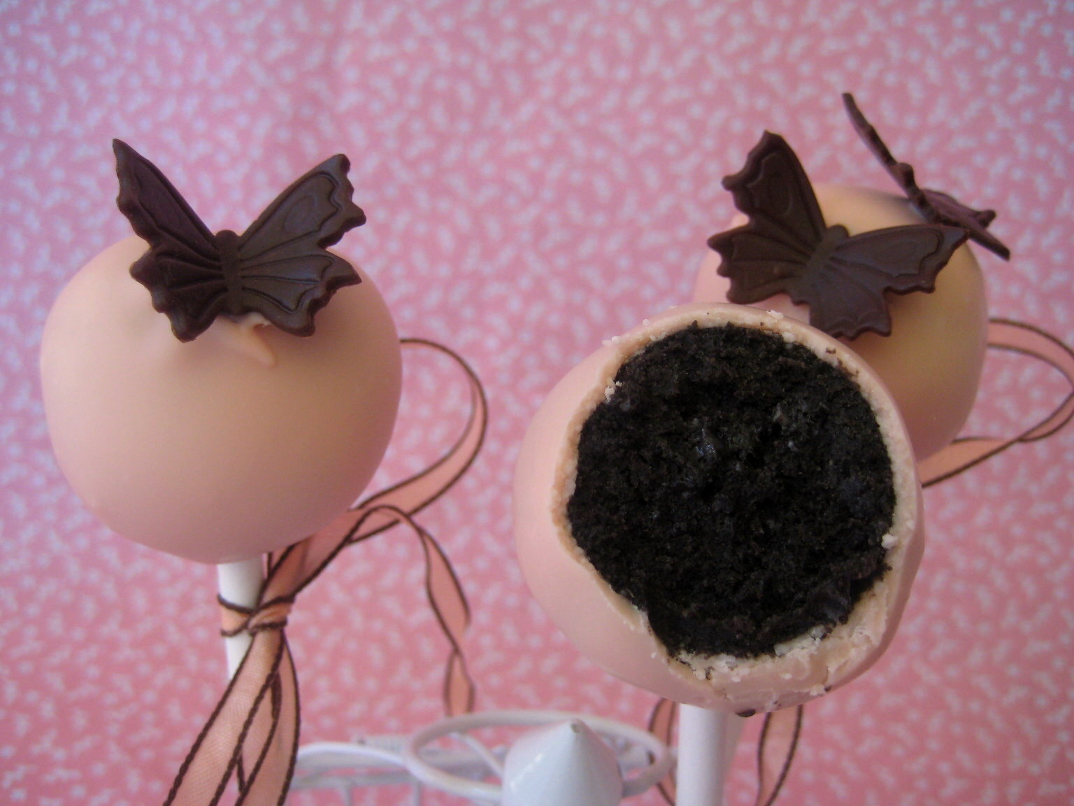 love cake decorating ideas.htm bubble and sweet oreo cookie truffle pops recipe  oreo cookie truffle pops recipe