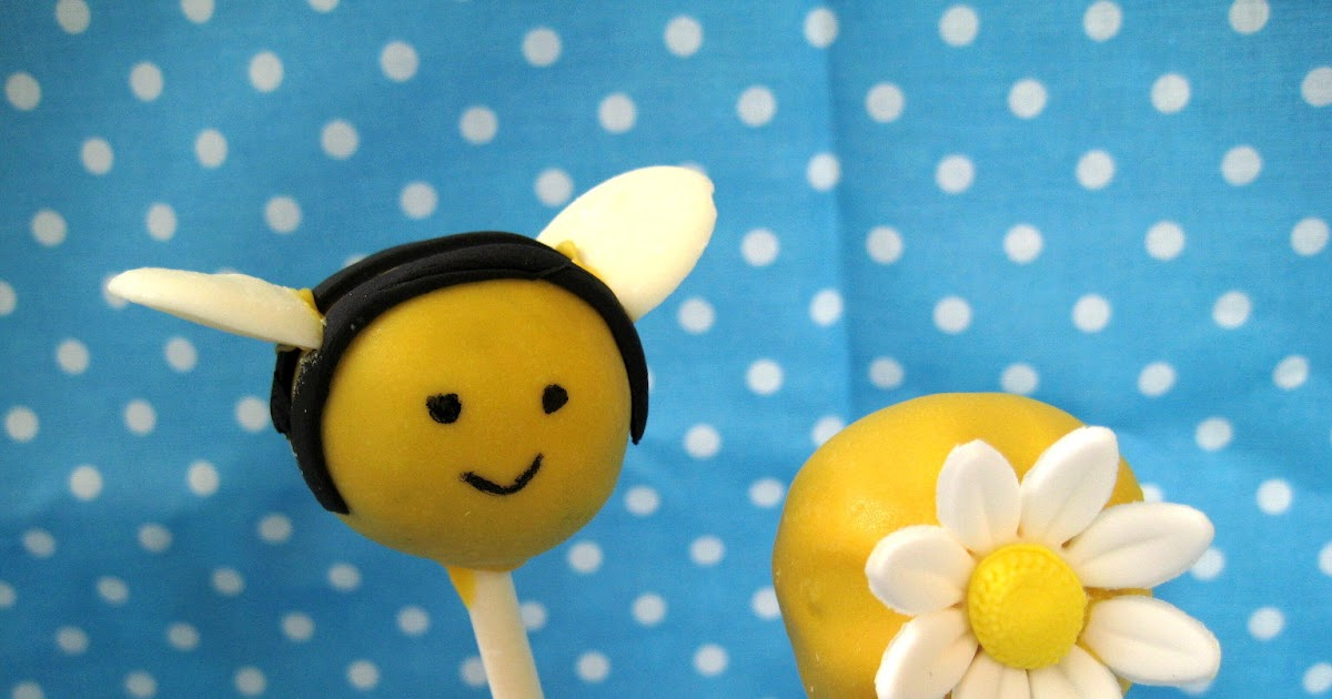 Bubble And Sweet Bee Cake Pops Well Ok They Re Bee Oreo