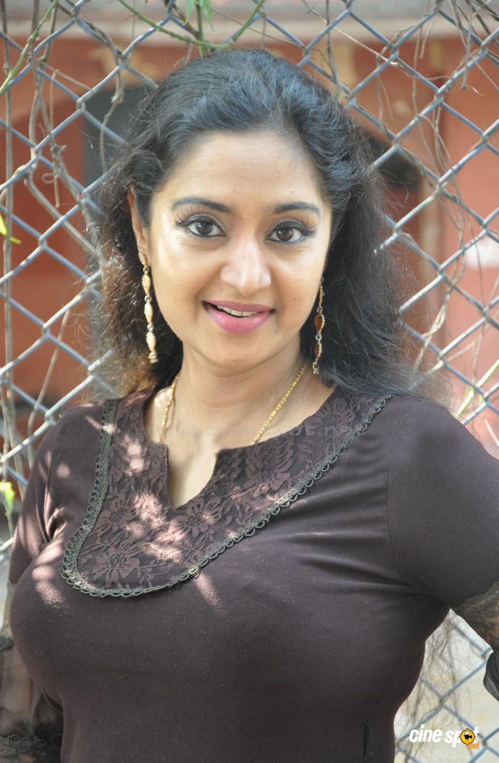 Unseen Tamil Actress Images Pics Hot: Charmila Malayalam ...