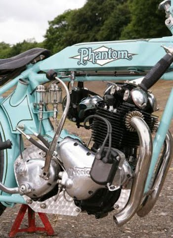 phantom eg motorcycle - bikerMetric |Phantom Biker