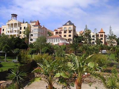 Gradini cu palmieri in Tenerife