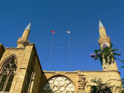 Obiective turistice Cipru: Moscheea Selimye Nicosia de Nord