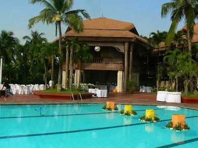 Imagini Manila: Coconut Palace, palatul Imelda Marcos