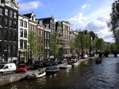 Obiective turistice Olanda: canale in Amsterdam