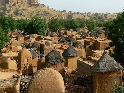 Imagini Pays Dogon: sat traditional african