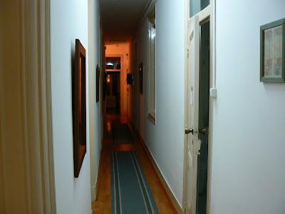 Cazare Portugalia: Spare Rooms Lisabona culoar