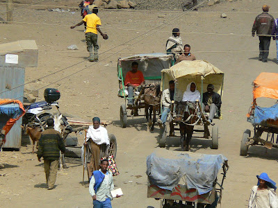 Imagini Etiopia: taxiuri hipo in Debark