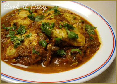 how to cook egg curry