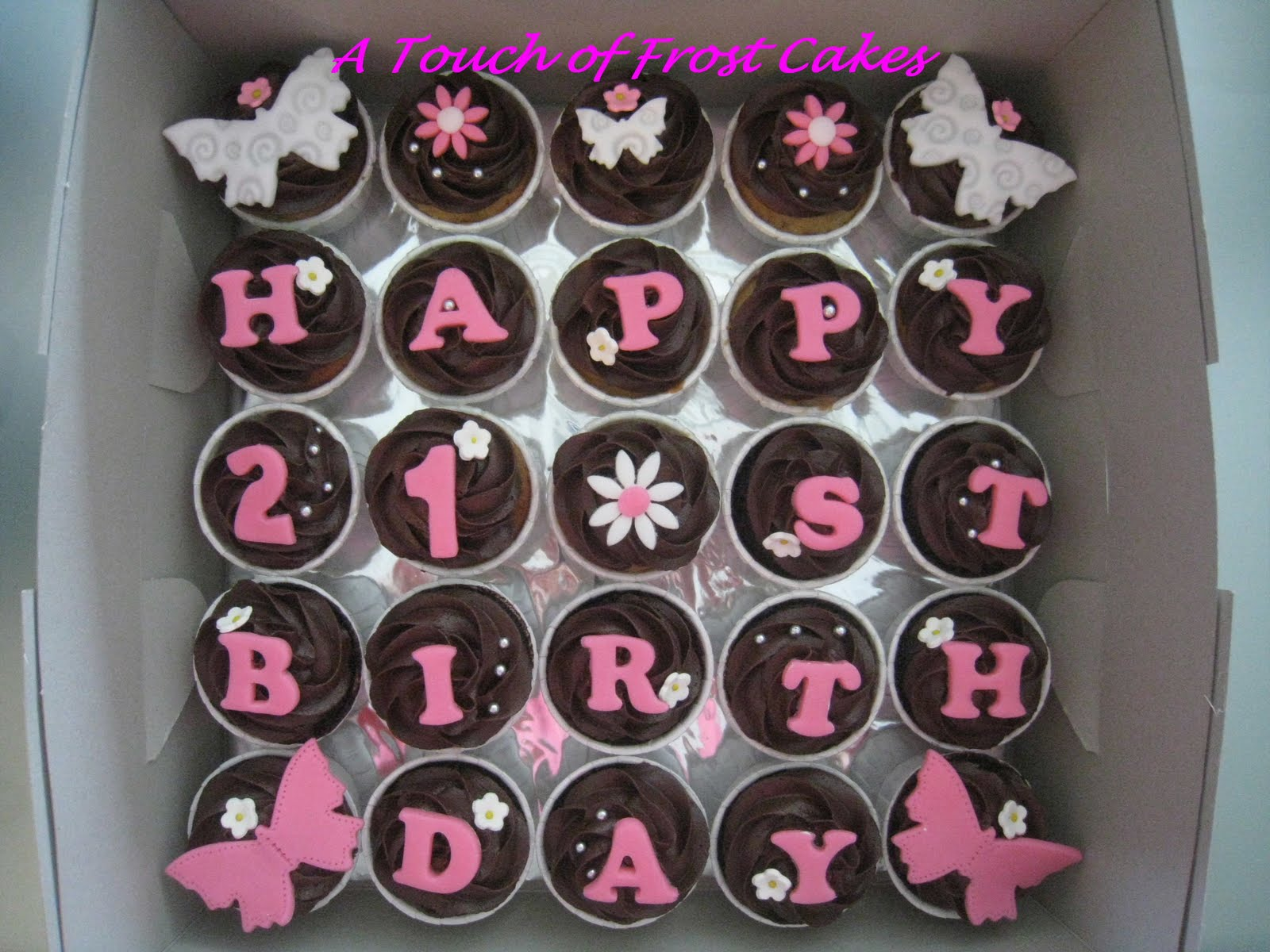 A Touch of Frost Cakes: 21st Birthday Cupcakes