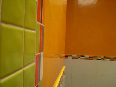 Pintura Decoración Orellana: estuco naranja en cuarto de baño