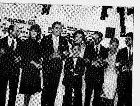 """Ivan José & elenco de """"Ontem, hoje e amanhã"""""""