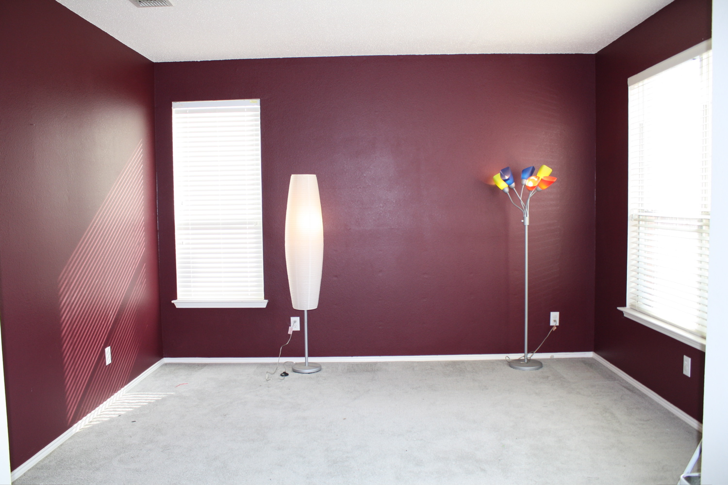 maroon color bedroom athletic needs a lesson in the difference between 12218