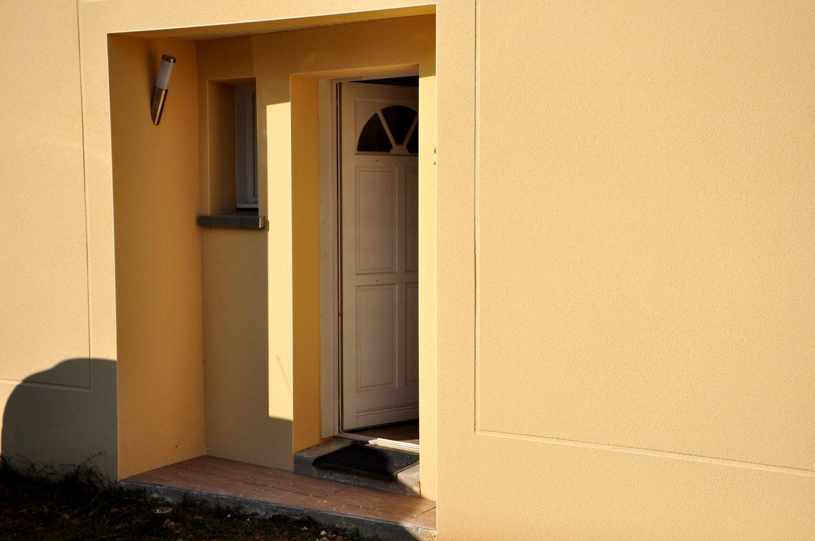 le blog d 39 alice et fred le carrelage du porche d 39 entr e. Black Bedroom Furniture Sets. Home Design Ideas