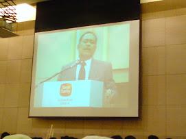 Forum 'Globalization Young Profesional' di Sime Darby Convention Centre..bersama Menteri kerjaraya