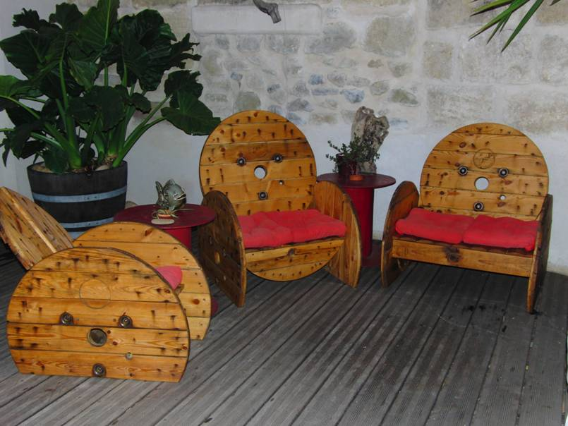 touret bois deco latest touret table basse et table dappoint en ides diy with touret bois deco. Black Bedroom Furniture Sets. Home Design Ideas