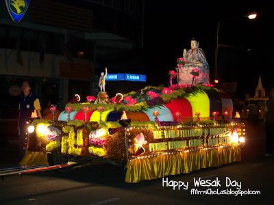Wesak Day Parade in Penang - NICK CHAN DOT NET