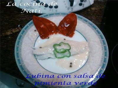 La cocina de nati lubina con salsa de pimienta verde for Salsa para lubina a la sal