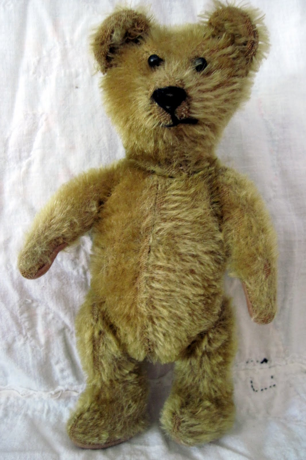 Tracy's Toys (and Some Other Stuff): Funny Little British Bear