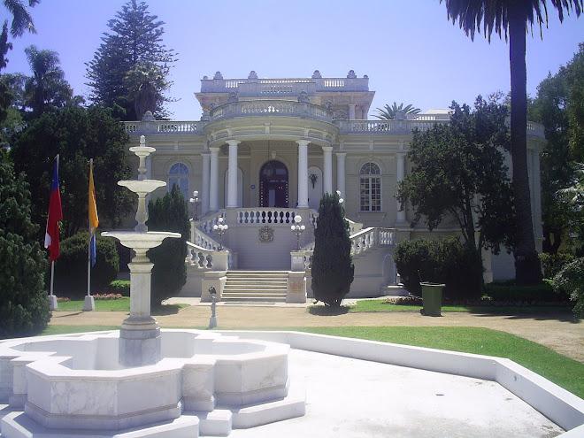 PALACIO RIOJA. CONSTRUIDO EN 1907. ARQUITECTO ALFREDO AZANCOT.