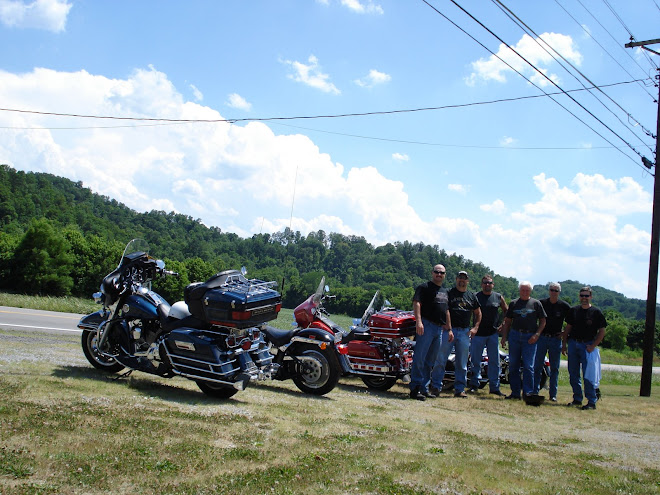 All my Ky buddies, riding back to Glasgow from Burkesville on Sunday, June 22nd, 2008. A great day!