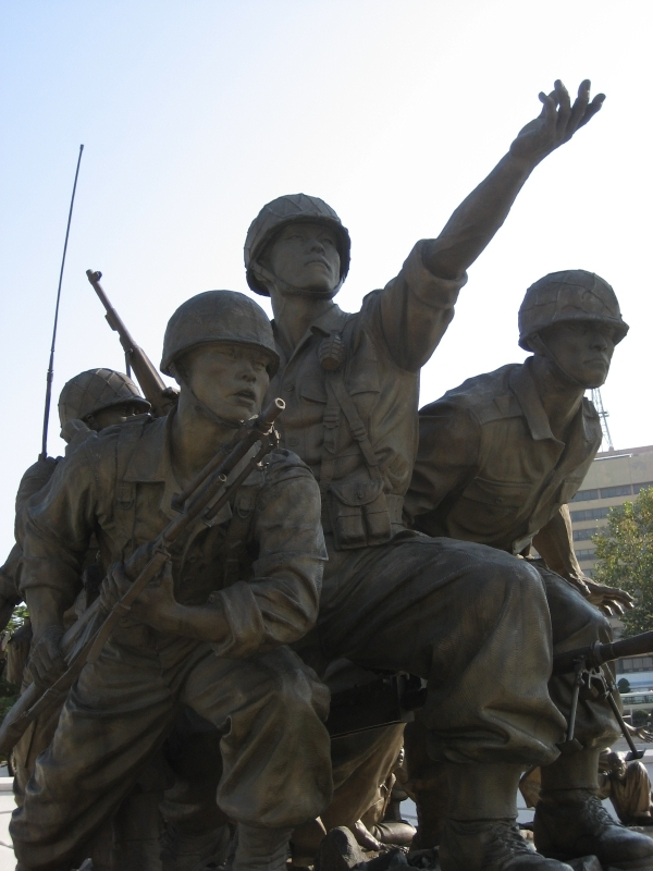 the good side of the vietnam and korean wars The korean war was a conflict between the united nations and communist north korea (which was aided by volunteers from communist china) the war began on june 25, 1950 when north korea invaded south korea who is on north korean side of war.