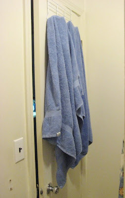 Inefficient towel rack