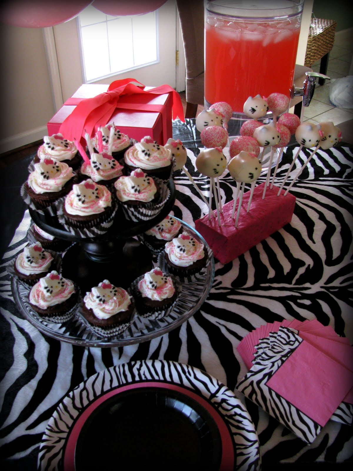 Cool Birthday Cakes For Teenage Girls