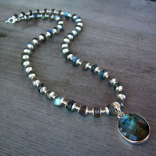 flashy labradorite necklace