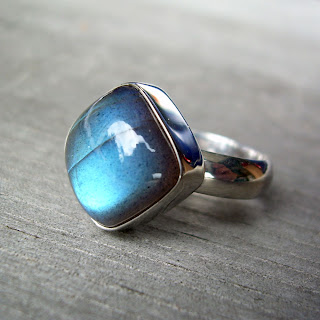 cushion cut labradorite