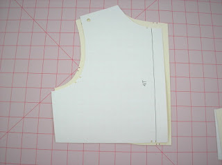 Comparing pattern shaping and sizing of a bodice back