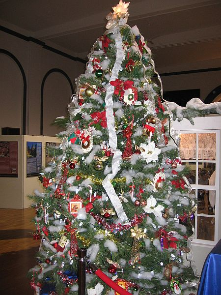 How Much Is Christmas Tree
