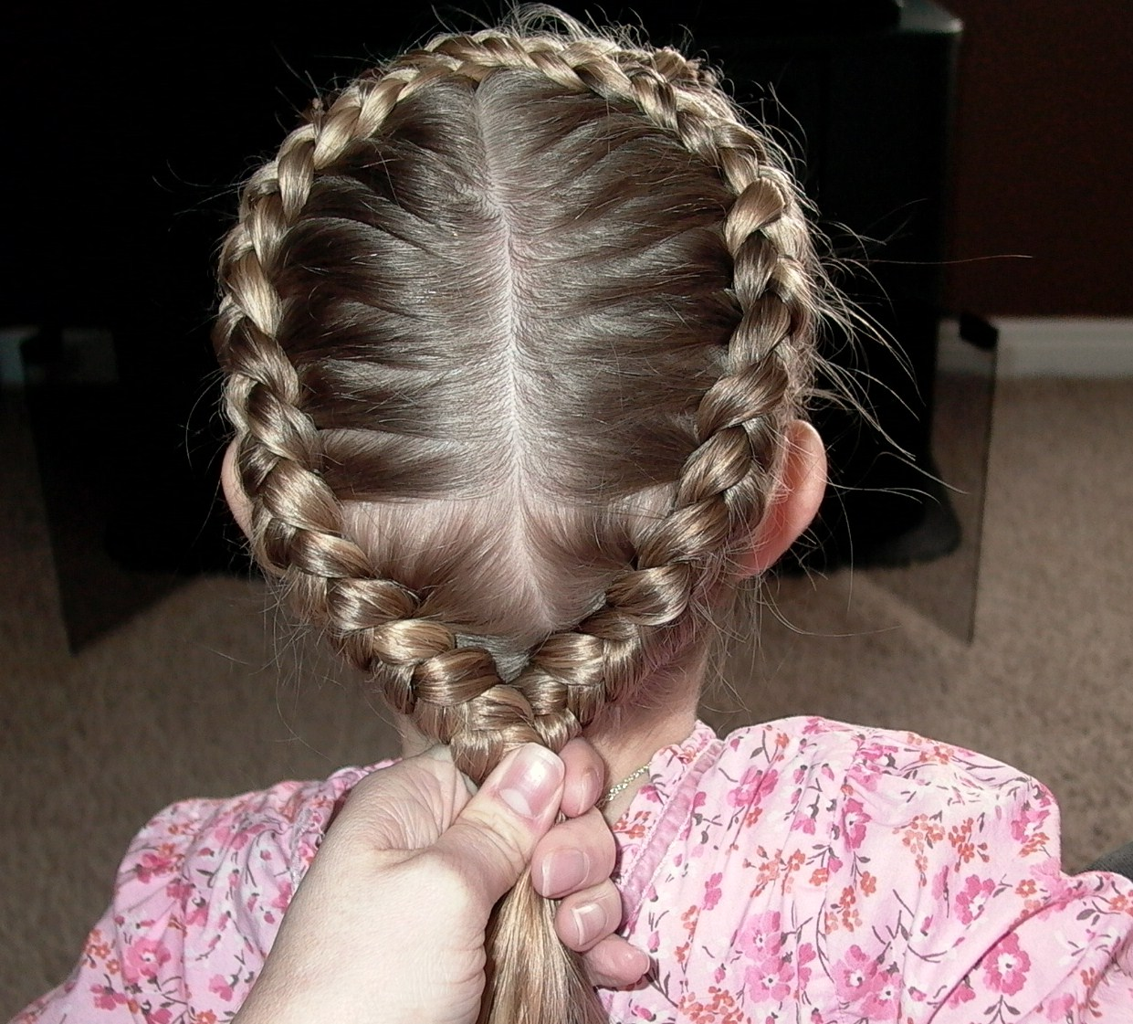 Little Girl S Easter Hairstyle Figure 8 French Braid 20
