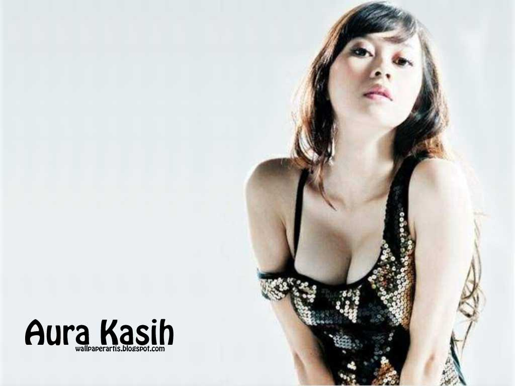 Photo Sexy Aura Kasih 67