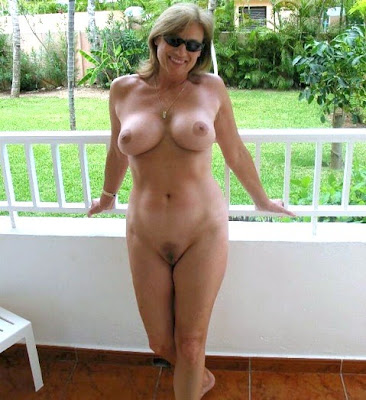 amateur naked wives