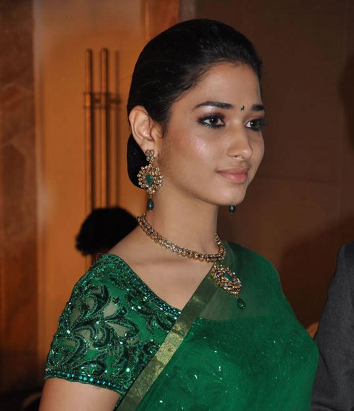 Saree Actress: South Actress Tamanna