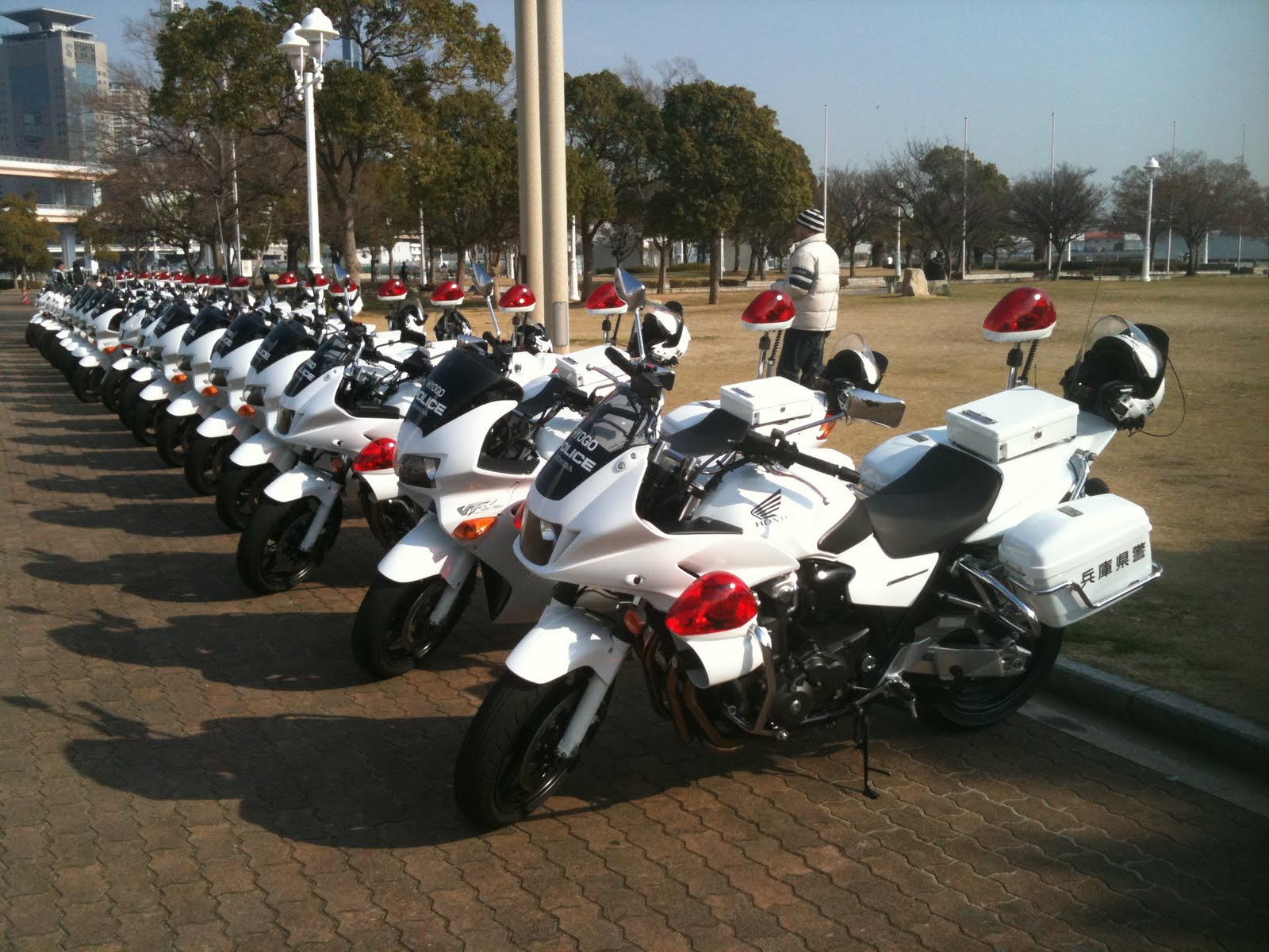Far Away Blog: Cool Japanese Police Motorcycles