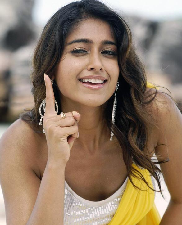 collections celebrity South Indias slim beauty Ileana