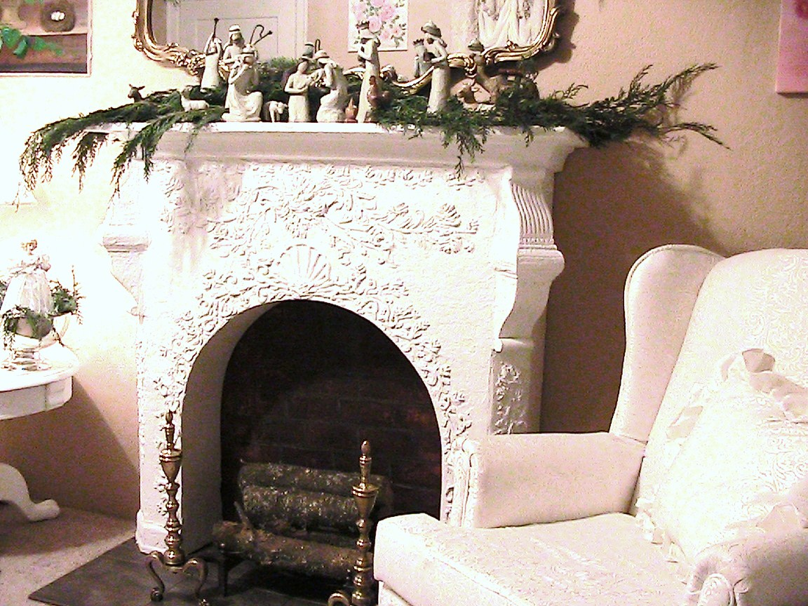 Katty S Cosy Cove Making A Faux Fireplace