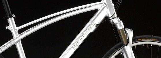 Gambar basikal Mercedes.