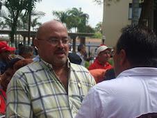 EL Stte (BA) CARLOS JIMENEZ DEL COMITE DE SEGURIDAD EN FRANCA CHARLA CON EL DIP VICTOR MARTINEZ