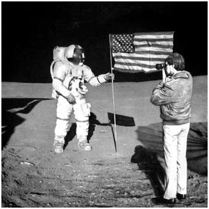 "Do you KNOW: Examination of NASA's ""Apollo Moon landing ..."