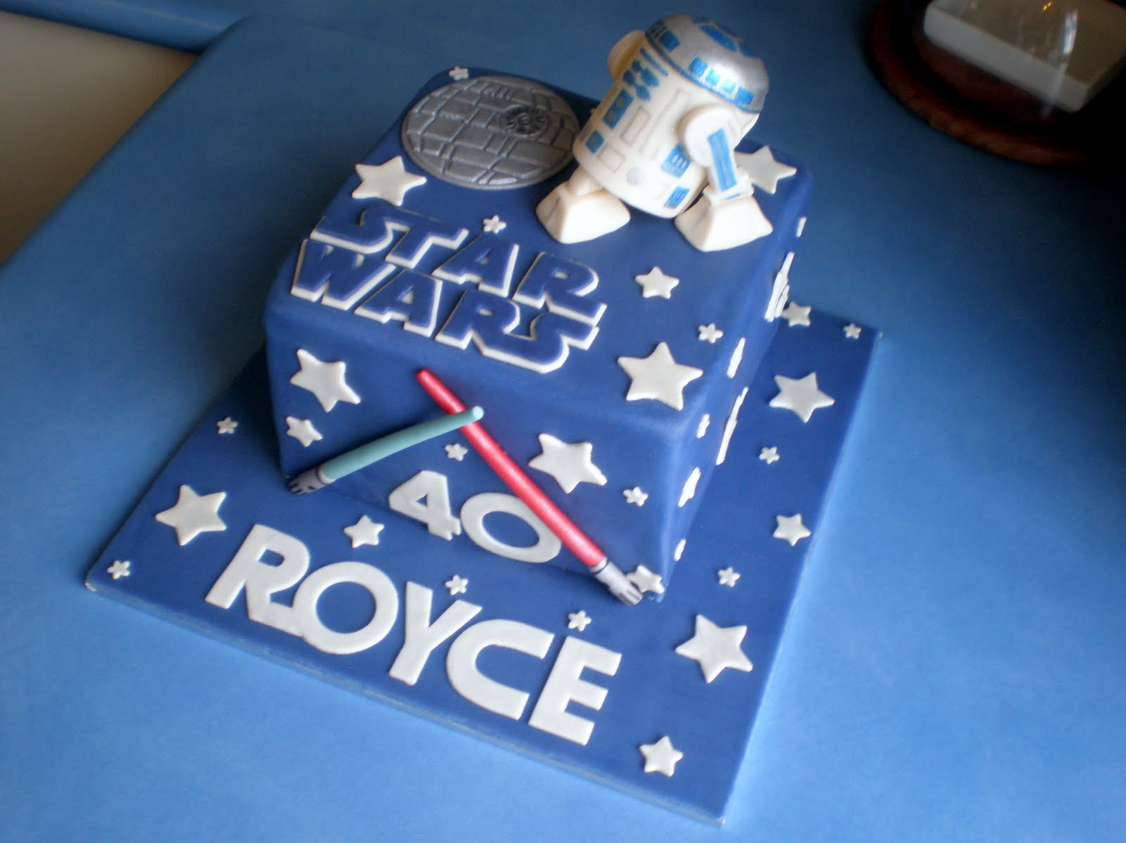 Star Wars Cake Design Pinterest : Sugar Siren Cakes Mackay: Star Wars Birthday Cake