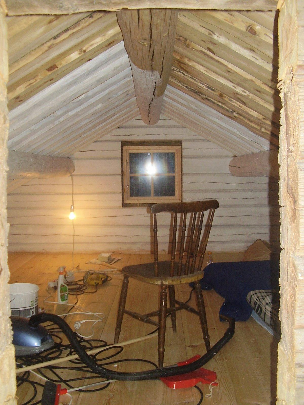 Elins stuga: loft under förvandling